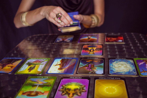 A Brief History Of Tarot Divination | Philippines